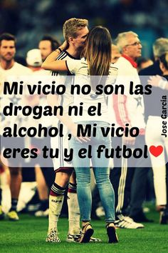 Son los unicos vicios! Chivas Soccer, Cr7 Jr, Couple Goals Teenagers Pictures, Mi Images, Soccer Couples, Stress, Adolescents, Health Logo, Healthy People 2020 Goals