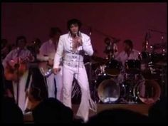 Elvis Presley - Suspicious Minds.  almost couldn't decide what board to pin to, music or dreamy! he was gorgeous!