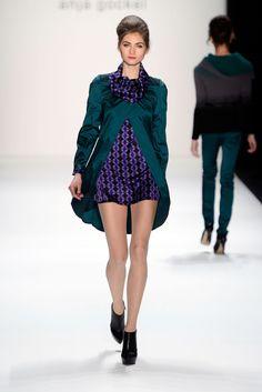 Anja Gockel Fall 2013 Ready-to-Wear Fashion Show