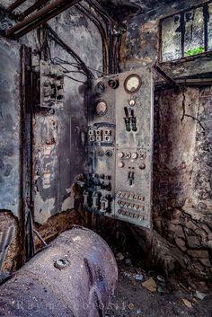 Erics Engine Room,fabriek,urbex,locatie,verlaten,belgië,industrie,abandoned