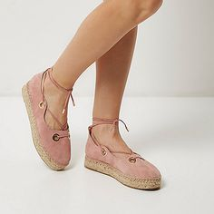 Suede upper Rounded toe Large eyelet detail Lace-up front and ankle Woven raffia sole