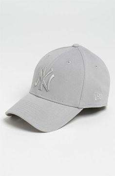New Era Cap 'New York Yankees - Tonal Classic' Fitted Baseball Cap