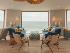 The Watergate Bay Hotel Lounge Playlist would be the perfect soundtrack for Helen's ultimate last supper. Living Room Update, Country Retreats, Seaside Hotel, Cornwall Hotels, Hotel Lounge, Hotels Design, Coastal Interiors Design, Rustic House, Lounge