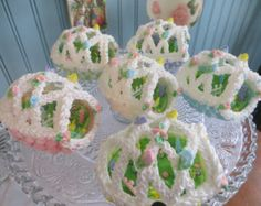 Royal Icing Panoramic Easter Eggs by SweetSpecialties on Etsy Panoramic Sugar Easter Eggs, Sugar Eggs For Easter, Easter Egg Candy, Easter Peeps, Easter Cookies, Easter Treats, Easter Stuff, Happy Easter, Royal Icing Cakes