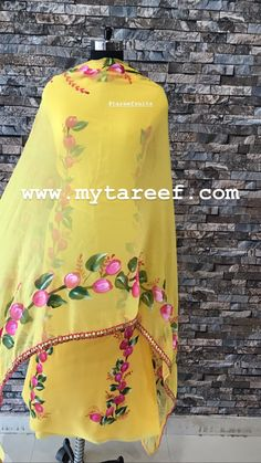 Bright yellow colored georgette with exclusively hand painted shirt and tabi dupatta with lace work on borders of dupatta . Fabric Painting On Clothes, Fabric Paint Shirt, Painted Clothes, Saree Painting, Dress Painting, T Shirt Painting, Hand Painted Sarees, Hand Painted Fabric, Hand Embroidery Dress
