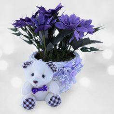 Sağlık Dolu Günler  Hediyeniz solup çöpe giden çiçeklerden olmasın. Yapay çiçeklerden oluşan bu sevimli ayıcık aranjmanıyla geçmiş olsun dileklerinizi sunabilir, bu dekoratif hediyeyle farkınızı ortaya koyabilirsiniz.