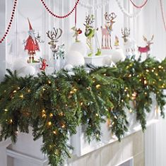 Patience Brewster S Christmas Krinkles And A Cascading Garland So Lush Full On The Mantel