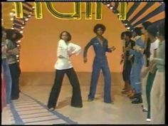 jody watley dance party on soul train - too tite!! <3  they don't make dance parties like this anymore