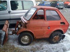 The Great Mini Snow Plough built on to this ageing FIAT 126 // Fiat 126, Bmw Autos, Car Mods, Weird Cars, Strange Cars, Strange Photos, Snow Plow, Old Cars, Really Funny
