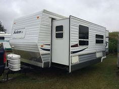 Travel Trailer - Awesome Condition