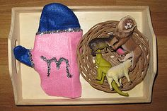 Montessori Mitten activity