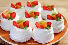 Romanian Desserts, Mini Pavlova, Mango Cake, Sushi, Panna Cotta, Sweet Treats, Cheesecake, Deserts, Ethnic Recipes
