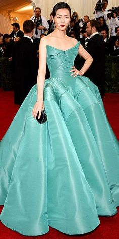 Liu Wen in Zac Posen at the Met Gala 2014   jaglady