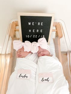 Baby Arrival Announcement, Twin Baby Announcements, Rainbow Baby Announcement, Baby Announcement Pictures, Baby Girl Announcement, Twin Baby Girls, Twin Babies, Twin Baby Names, Twin Mom