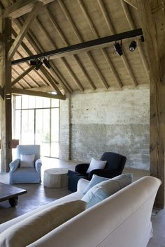Renovation of an old Farm in Belgium by Bernard De Clerck Old Home Renovation, Pool House Designs, Home And Living, Living Room, Interior Architecture, Interior Design, Tadelakt, Pool Houses, Rustic Interiors