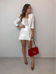 Look Fashion, Fashion Models, Fashion Outfits, Womens Fashion, Fashion Trends, Looks Chic, Casual Looks, Beach Gowns, Look Blazer