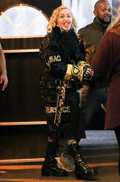 Madonna Fashion, Lady Madonna, Verona, World Music, Strike A Pose, What Is Love, Little Sisters, Editorial Fashion, Amsterdam