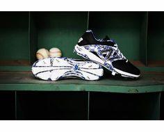 NB blue camo Baseball Gear, Baseball Shoes, Blue Camo, Huaraches, Nike Huarache, Sneakers Nike, Fashion, Nike Tennis, Moda