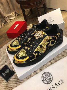 Versace casual 38-44 8079230 Casual Leather Shoes, Wholesale Shoes, Versace, Vans, Sneakers, Fashion, Tennis, Moda, Slippers