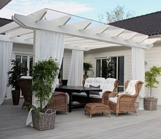 charming white deck pergola with wicker furniture . charming white deck pergola with wicker furnit