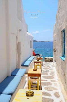 A rest in Mykonos, Greece, via Flickr.