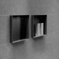 Bathroom Towel Decor, Bathroom Wall, Master Bathroom, Bathroom Design Small, Bathroom Interior Design, Black Bathroom Taps, Shower Storage, Shower Shelves, Bathroom Toilets
