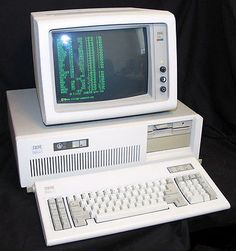 IBM PC AT 5170 Vintage Home Computer.  Very RARE!  Perfect for the collector!