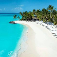 One & Only Reethi Rah, Maldives Vacation Places, Dream Vacations, Vacation Spots, Places To Travel, Places To See, Visit Maldives, Maldives Travel, Paradis Tropical, Beaches In The World