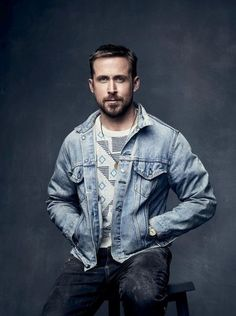 Ryan Gosling Addicted - The Gallery: Click image to close this window Ryan Gosling Style, Ryan Gosling Fashion, Wedding Design Inspiration, Style Inspiration, Look Street Style, Great Beards, Renaissance Men, Posing Guide, Hollywood Actor