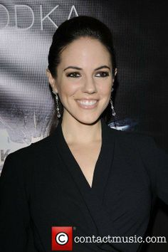 Anna Silk- contactmusic