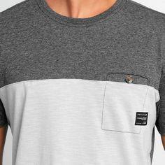 Camiseta Oakley Especial Square O Only - Chumbo+Cinza Camisetas Masculinas 7549d39b4a8e5