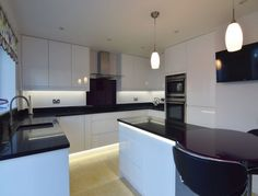 Remo Gloss White - Abbotts Kitchens kitchen