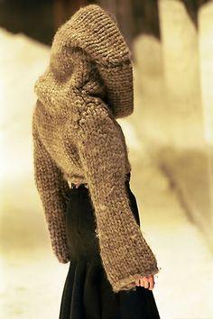 Alexander McQueen Fall 1999, 'The Overlook'.