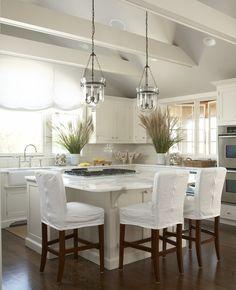 Design Ideas - Home Bunch - White Coastal Kitchen