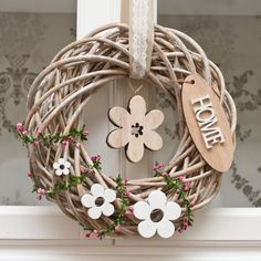 All Details You Need to Know About Home Decoration - Modern Diy Wreath, Door Wreaths, Wood Crafts, Diy And Crafts, Summer Crafts, Theme Noel, Easter Wreaths, Summer Wreath, Easter Crafts