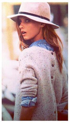herbstlook jeans Hemd + Pulli