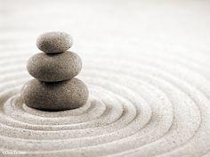 La pierre au coeur du jardin zen image