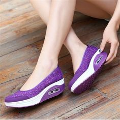 Us size women casual outdoor sport breathable rocker sole shoes flat athletic shoes casual shoes edmonton – Best Fashion Woman Moccasins Outfit, Native American Moccasins, Moccasin Boots, Sport Casual, Types Of Shoes, Shoes Online, Casual Shoes, Athletic Shoes, Slip On