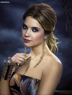 Ashley Benson's Hanna on Pretty Little Liars goes long with dramatic drop…