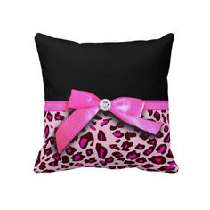 Hot pink leopard print ribbon bow graphic throw pillow