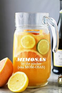 Mimosa Pitcher Cocktail by diethood: The classic and refreshingly delicious Mimosa Cocktail made with Orange Juice and Prosecco. Prosecco Cocktails, Cocktail Drinks, Alcoholic Drinks, Sangria, Brunch Drinks, Fun Drinks, Mimosa Cocktail Recipes, Liquor Drinks, Brunch Food