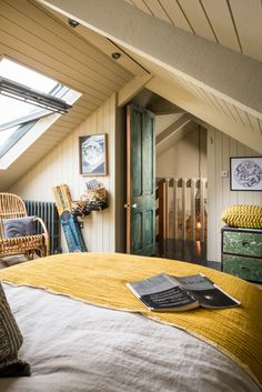 Century engine house becomes rough-luxe retreat in Cornwall Attic Rooms, Attic Spaces, Small Spaces, Attic Design, Interior Design, Engine House, Loft Room, Bedroom Loft, Cottage Style Decor