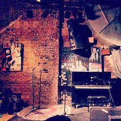 Monday Night Open Mic at La Nuyorican Poets Cafe #eastvillage #supportlocalartist
