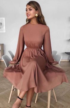 2020 Women Fashion flower cocktail dress floral floaty midi dress - Women's style: Patterns of sustainability Modest Dresses, Simple Dresses, Pretty Dresses, Beautiful Dresses, Casual Dresses, Long Dresses, Formal Dresses, Evening Dresses, Summer Dresses