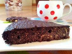 Čokoládový dortík z červené řepy (bez mouky, lze i bez čokolády)