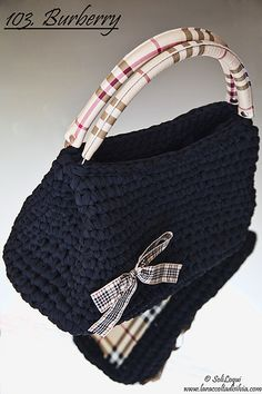 109 Burberry  Crochet Handbag with Burberry style details. Handmade with black ribbon.  @Cristina Bonelli Fornelli