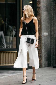 Summer Street Style Looks to Copy Now - Herren- und Damenmode - Kleidung Fashion Mode, Look Fashion, Trendy Fashion, Fashion Outfits, Fashion Trends, Fashion Heels, Womens Fashion, Street Style Fashion, Fashion Black