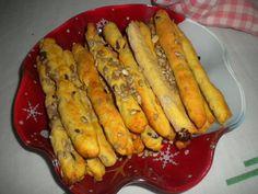 Κριτσίνια με λιαστή ντομάτα ελιές πικάντικο κεφαλοτύρι . ~ ΜΑΓΕΙΡΙΚΗ ΚΑΙ ΣΥΝΤΑΓΕΣ