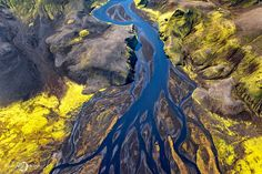 It's about the pure and dreamy nature. Enjoy the breathtaking aerial views of Iceland by french photographer Sarah Martinet. Types Of Photography, Aerial Photography, Amazing Photography, Landscape Photography, Street Art, Graffiti, Iceland Landscape, Iceland Photos, Aerial Images