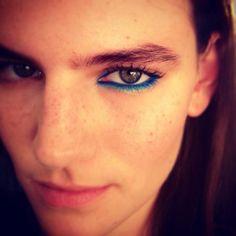 Two-tone blue eyeliner + freckles